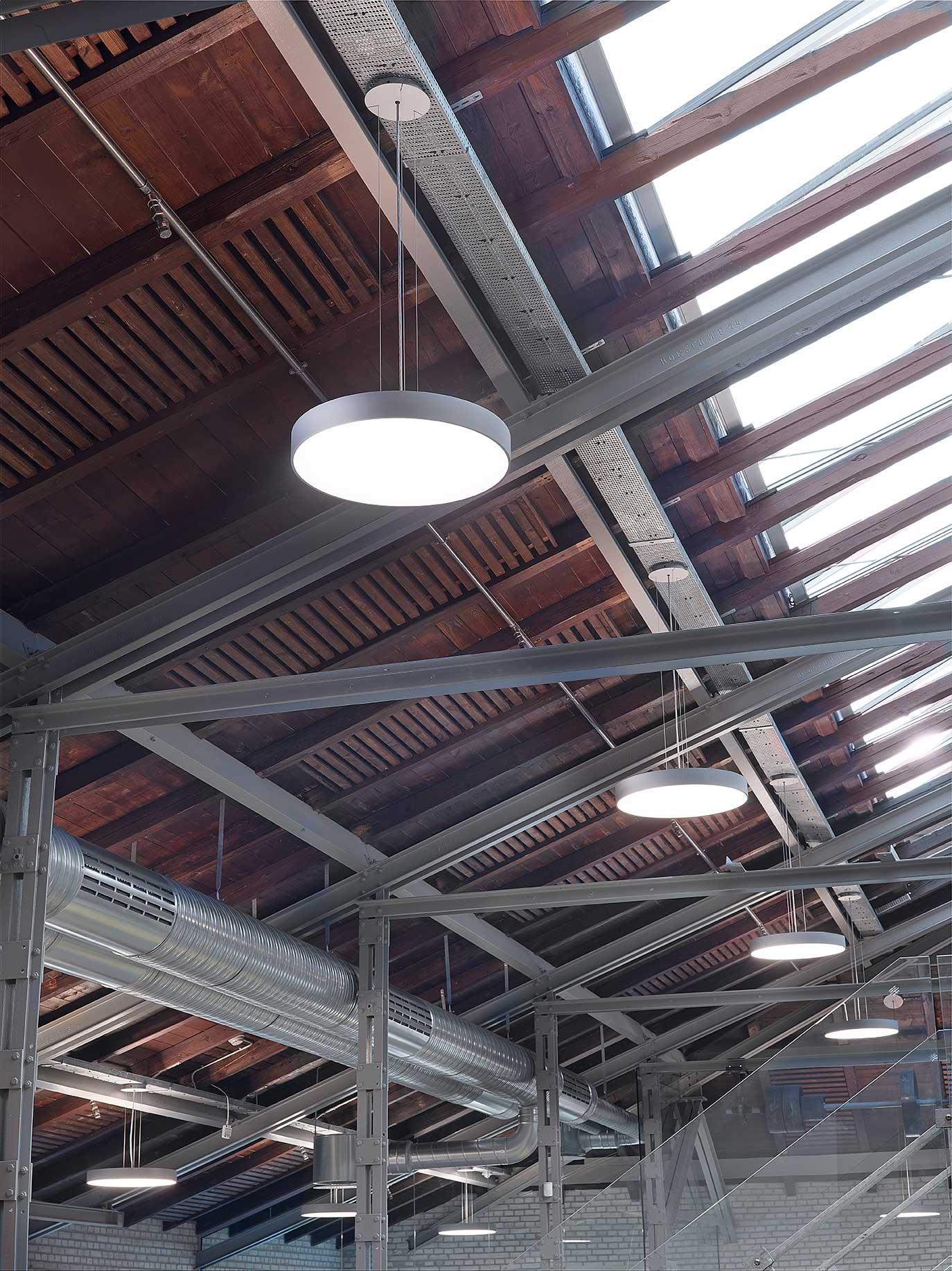 Basic Max rund lampe nedhængt fra loft - Luminex