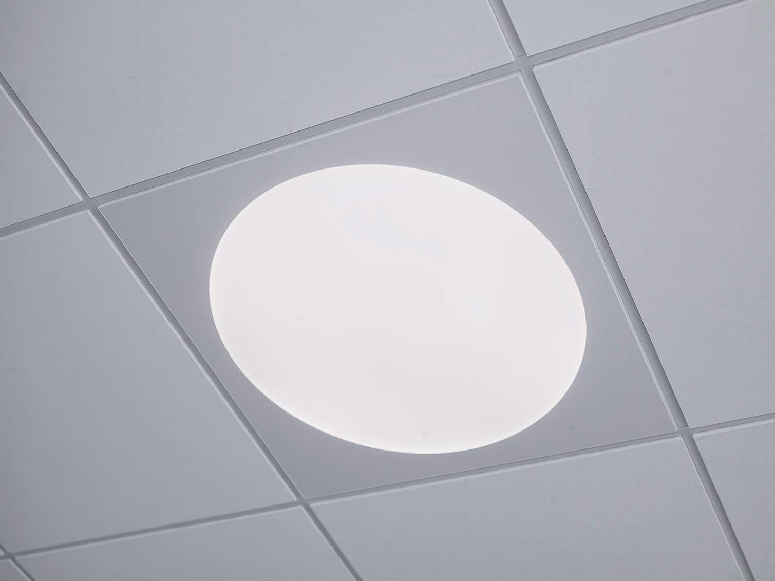 Ledgo Circle 595 LED panel lampe, indbygget i loft nærbillede - Luminex