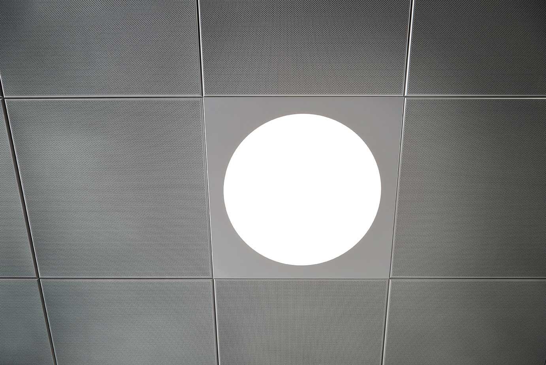 Ledgo Circle panel indbygget i loft nærbillede - Luminex