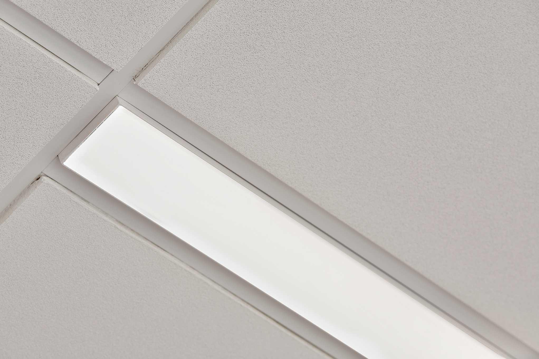 Matric Recessed Frameless M1 lampe indbygget i loftet nærbillede - Luminex