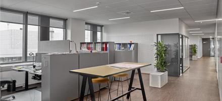 Kontor miljø med indbygget lamper - Luminex