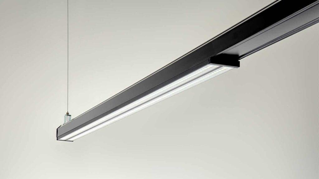 Linia flat lampe nedhængt fra loft - Luminex