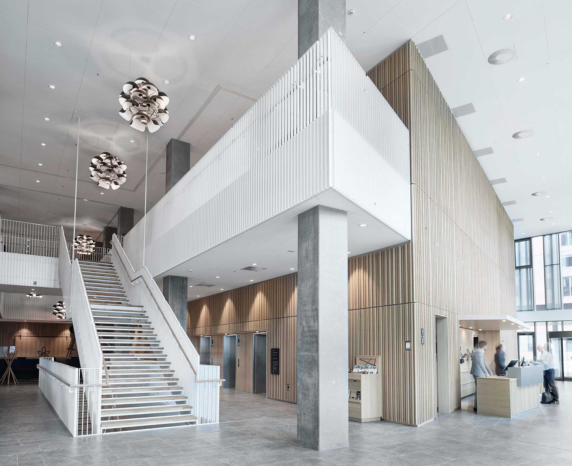 Hotel Alsik i Sønderborg Indbygget i loft Linia DS-F 150 i foyer